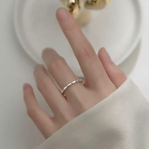 Chic Resizable Sterling Silver Ring